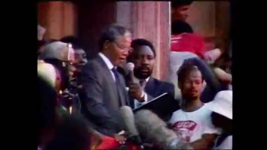 Cape Town, South Africa. February 1990. Nelson Mandela speaks to the crowd after his release