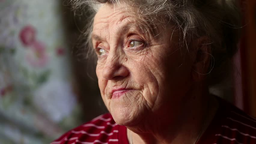 Elderly woman looking and thoughtful face with blinks eyes | Shutterstock HD Video #1023323872