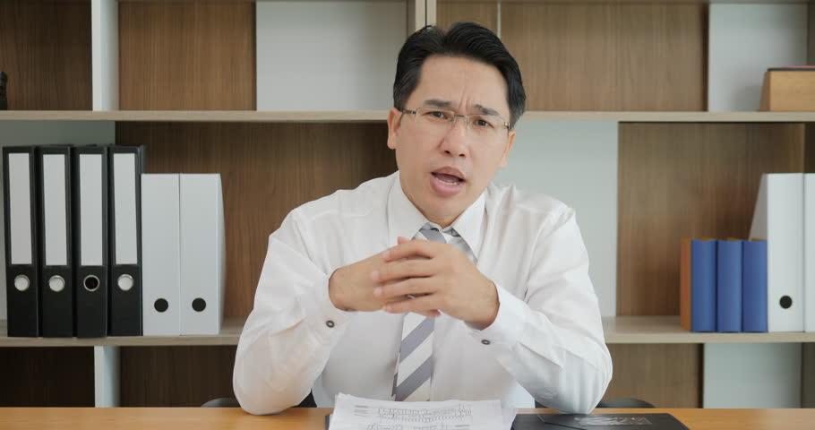 Attractive Asian Man Recording Video Arkivvideomateriale (100 %  royaltyfritt) 1023346840 | Shutterstock