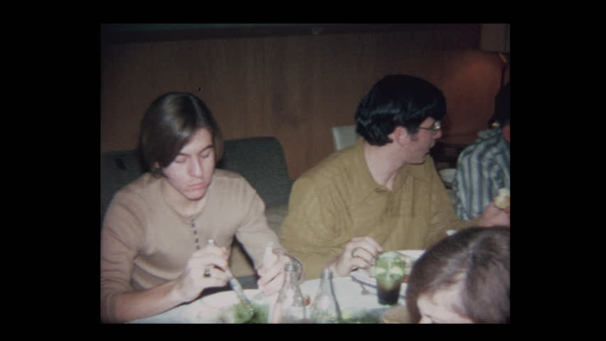 1971 Family Thanksgiving in basement