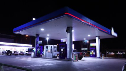 Time lapse of gas station, car refuel the energy
