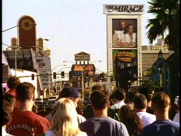 LAS VEGAS, NEVADA, 1994, The Las Vegas Strip, people, crowds