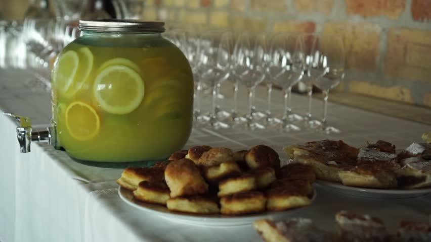 SLOWMO - Traditional Czech / Slovakia strudl (apple pie) at wedding