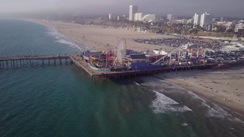 Pier in Santa Monica from far away.