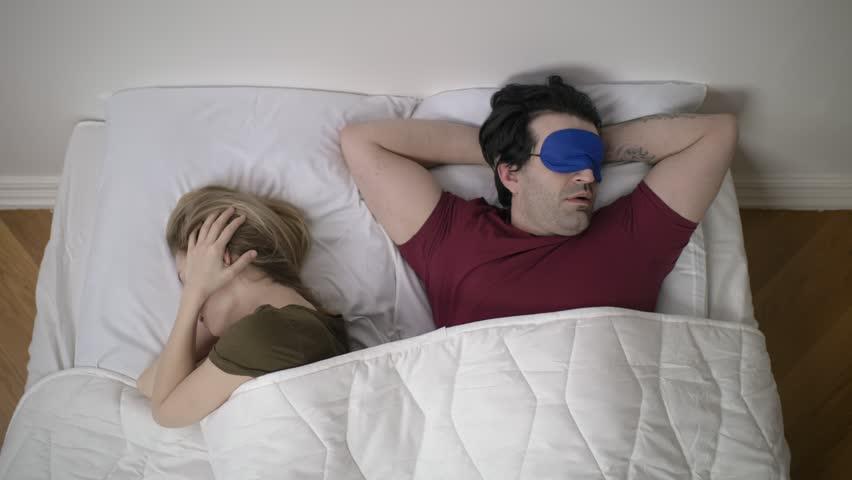 Begini Cara Menghilangkan Mendengkur Saat Tidur
