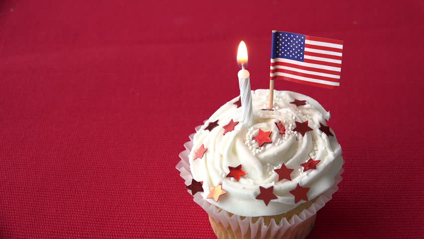 Incredible One Patriotic Birthday Cupcake With Video Stock A Tema 100 Funny Birthday Cards Online Fluifree Goldxyz