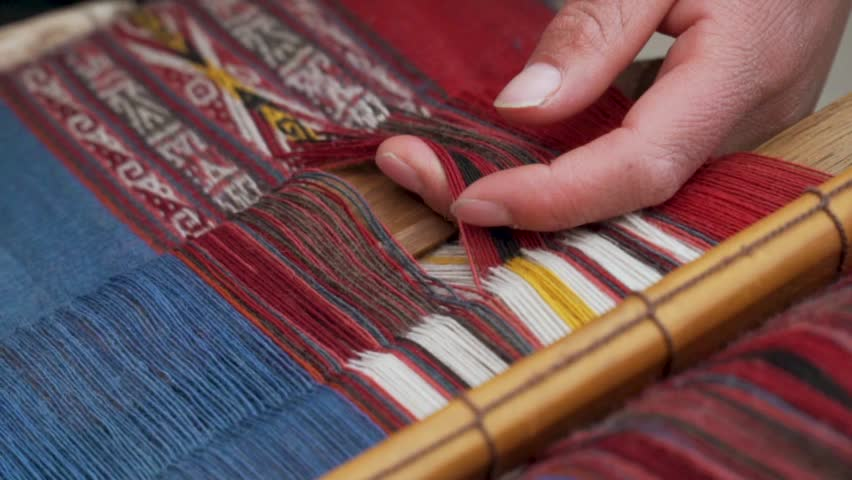 Weaving Alpaca Yarn