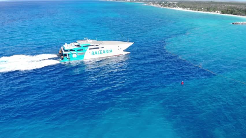 FastFerry Ship Arrival To Freeport Harbor Bahamas 04/23/2019 #1028252378