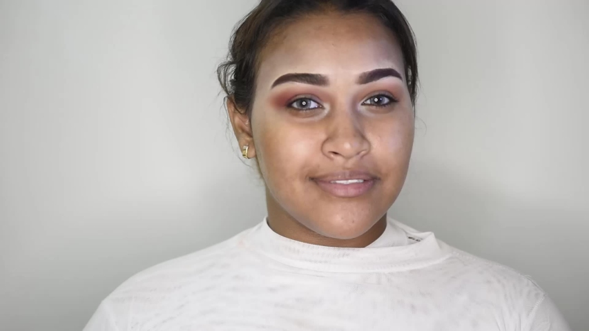 oriental girl have makeup session - location aswan - egypt  26/1/2019 #1030483364