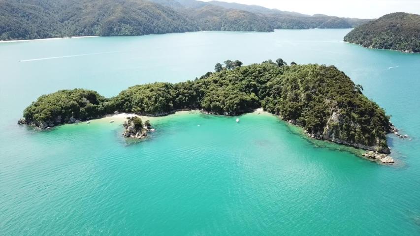 Adel Island, Abel Tasman New Zealand