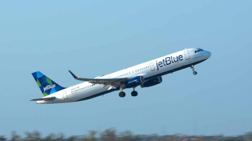 FT. LAUDERDALE, FL - 2019: JetBlue Airways Airbus A321 Commercial Passenger Jet Airliner Taking Off from Fort Lauderdale Hollywood FLL International Airport on a Sunny Day in South Florida