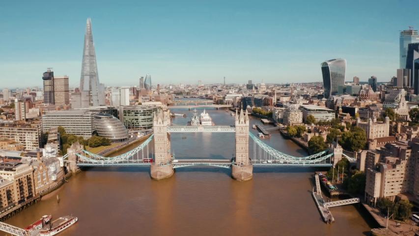 Establishing Aerial View of Tower Bridge, Shard, London Skyline, London, United Kingdom #1032556049