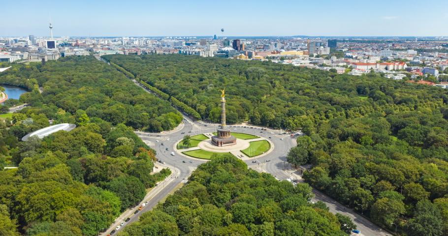 Berlin's Victory Column (Siegessaeule) in Tiergarten Park. Hyperlapse.