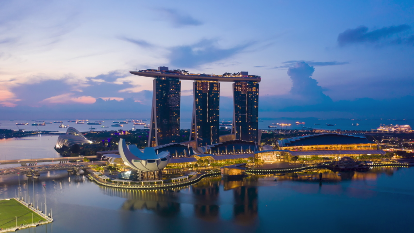 2019/03/10 SINGAPORE : aerial view hyperlapse 4k video of Singapore City Skyline. Flying Towards Skyline Singapore. Marina Bay In Singapore.