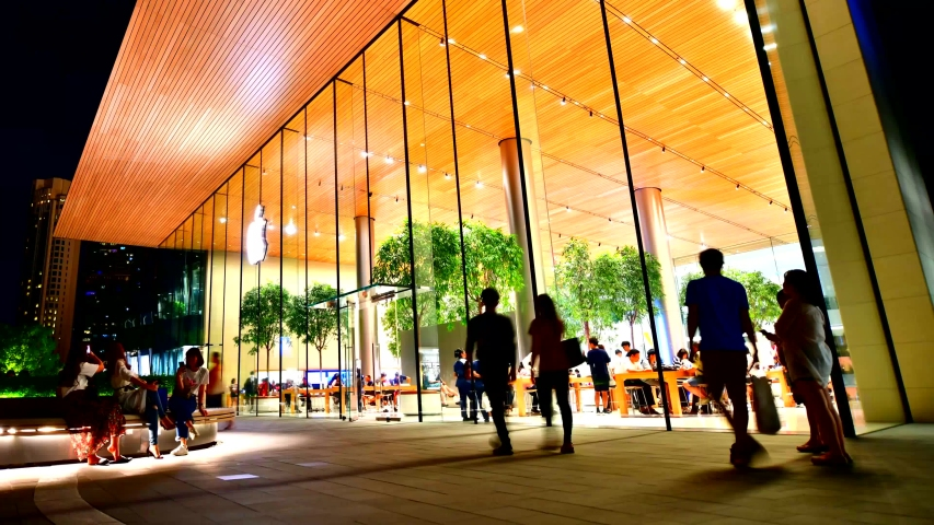 Bangkok,Thailand -  August 18,2018 :View front of Apple store new opening shop at the iconsiam, The New Shopping Mall in Bangkok Thailand