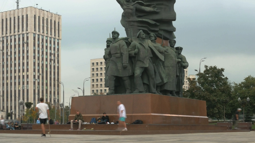 MOSCOW, RUSSIA - SEPTEMBER 6, 2019: Metro Oktyabrskaya, the lower part of the monument to Lenin. Timelapse.