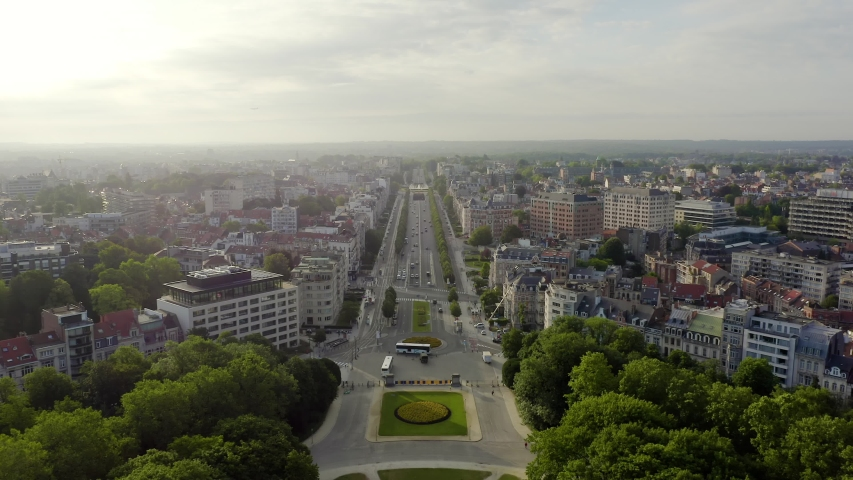 Brussels, Belgium. Park of the Fiftieth Anniversary. Park Senkantoner. The Arc de Triomphe of Brussels (Brussels Gate), Aerial View, Departure of the camera Royalty-Free Stock Footage #1038846551