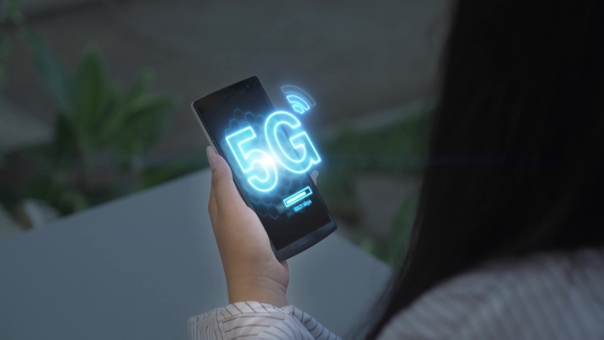 5G mobile network on smartphone.Wireless network, mobile technology concept | Shutterstock HD Video #1038925928