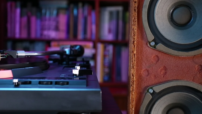 Close up on turntable and vintage loudspeaker. | Shutterstock HD Video #1042790956