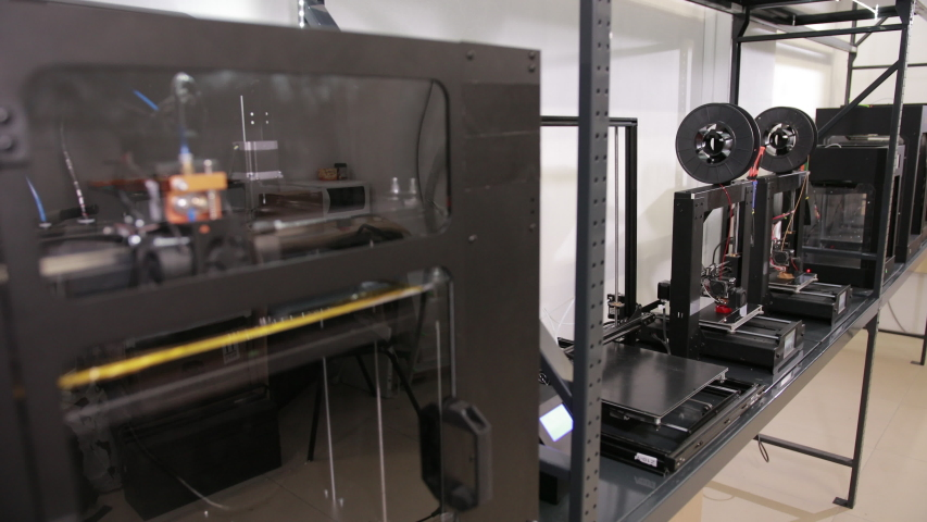 3D technology wide shot printers that print plastic parts in the factory