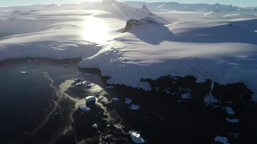 Glacier - Antarctic Peninsula (Antartica Jan 2020)