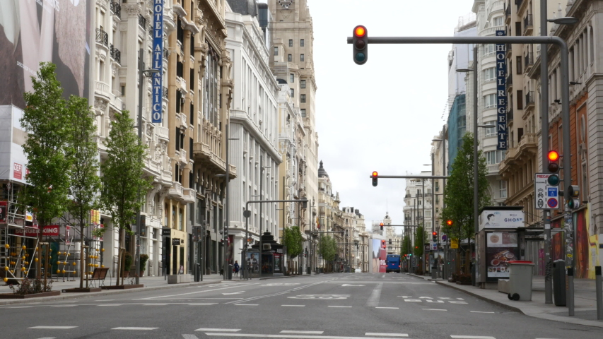 the Gran Vía de Madrid empty due to the state of alert in Spain by the COVID-19. Filmed on March 23, 2020.
