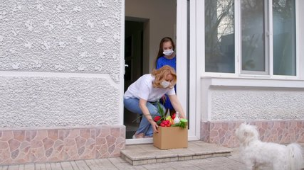 Help by delivering food to a self isolated family