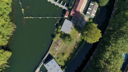 Drone Video of Reading, England During COVID-19 Lockdown