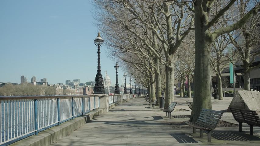 Lockdown London, Empty embankment during coronavirus pandemic, no people | Shutterstock HD Video #1050039376