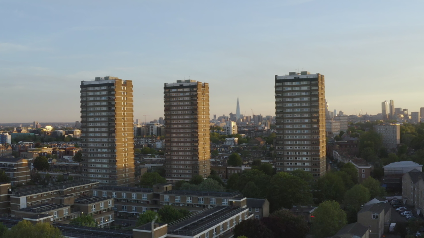 EAST LONDON DRONE FOOTAGE BUILDINGS , CANARY WHARF , VICTORIA PARK , LIVERPOOL STREET