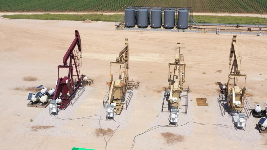 Pumping oil in a big way, Brazos County, Texas, USA