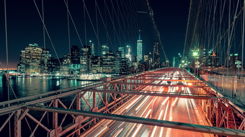 Brooklyn bridge at night 4k timelapse sequence shot on brooklyn bridge at night in new york city