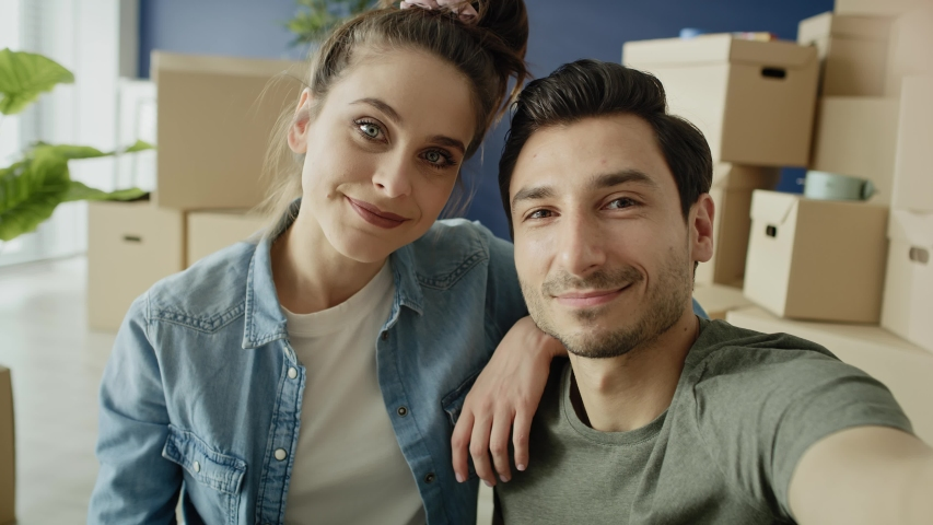 Video of couple boasting a new apartment during video conference. Shot with RED helium camera in 8K Royalty-Free Stock Footage #1054735592