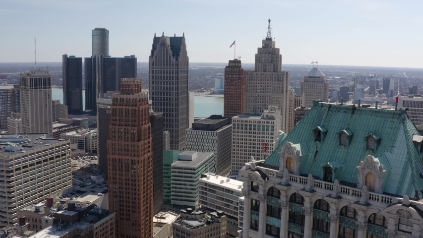 Great 50mm Detroit Aerial Flyby Building Downtown City