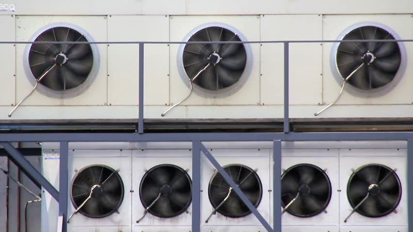 Working blowers in industrial chiller