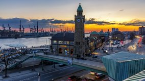 4k day to night time lapse at the fish market in Hamburg, Germany.