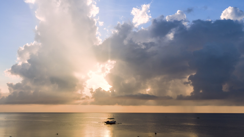 4K Time Lapse, Beautiful Sky With Clouds Background. Weather Nature Cloud Sky and Sun Over Ocean At Sunrise. Dramatic Red Purple Orange Blue Pink Cloudscape