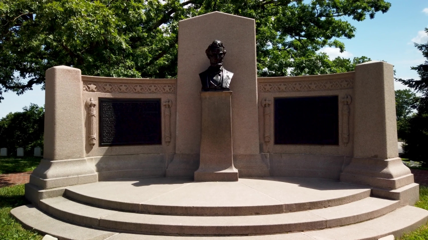 Monument to Abraham Lincoln's Gettysburg Address in Gettysburg National Cemetery
