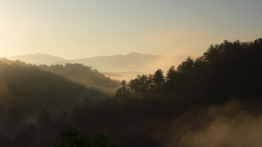 A stunning timelapse of fog passing over the Blue Ridge Mountains during sunrise.