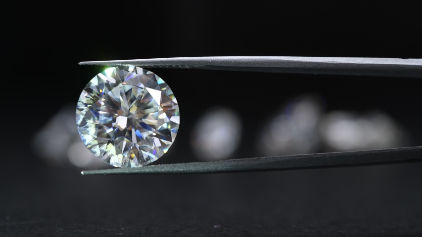 Luxury Diamond in Jewelry Tweezers
