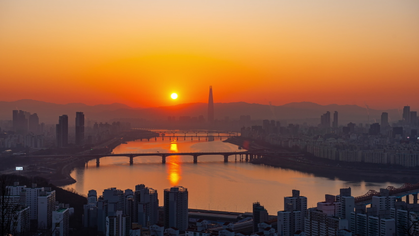 60 FPS, Timelapse 4k,The landscape of Seoul and the Han River and the sunrise Royalty-Free Stock Footage #1059483047