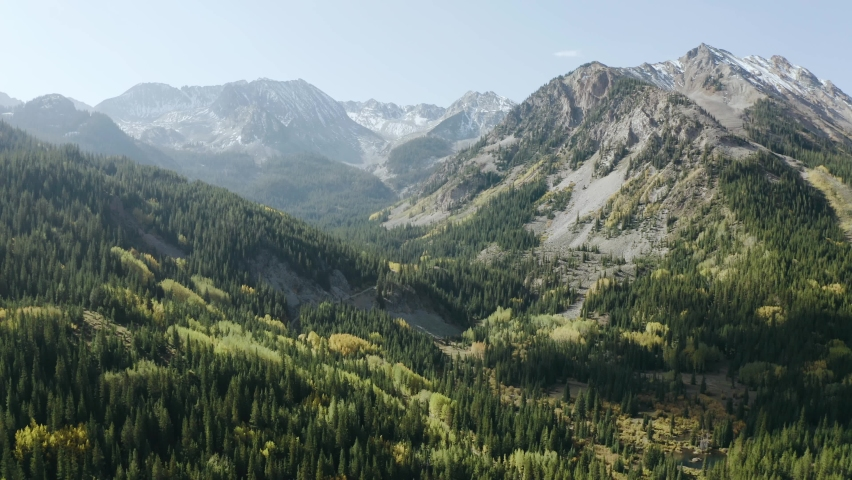 Beautiful mountains of Aspen Colorado. Autumn. 4k aerial drone footage