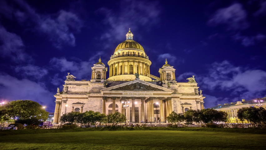 St. petersburg, isaac's cathedral night timelapse. historical building in the light of the lanterns of the night city.