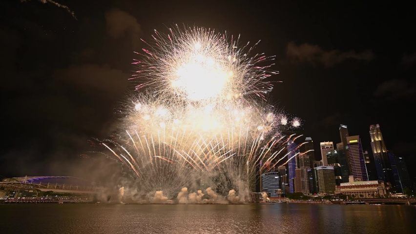 Singapore fireworks display celebration at Marina Bay, Colorful New Year Firework 4K Royalty-Free Stock Footage #1061858242
