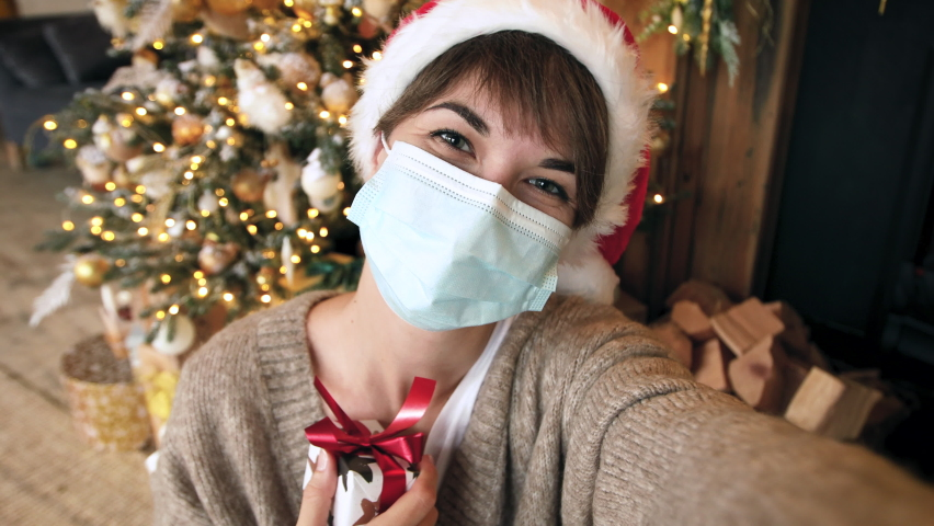 Instant delivery of christmas presents during the covid-19 pandemic Royalty-Free Stock Footage #1062914350