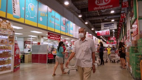 Bangkok , Bangkok , Thailand - 05 03 2020: People are shopping for groceries in supermarkets after the Thai government announced the closure of Bangkok to solve the problem of the COVID-19