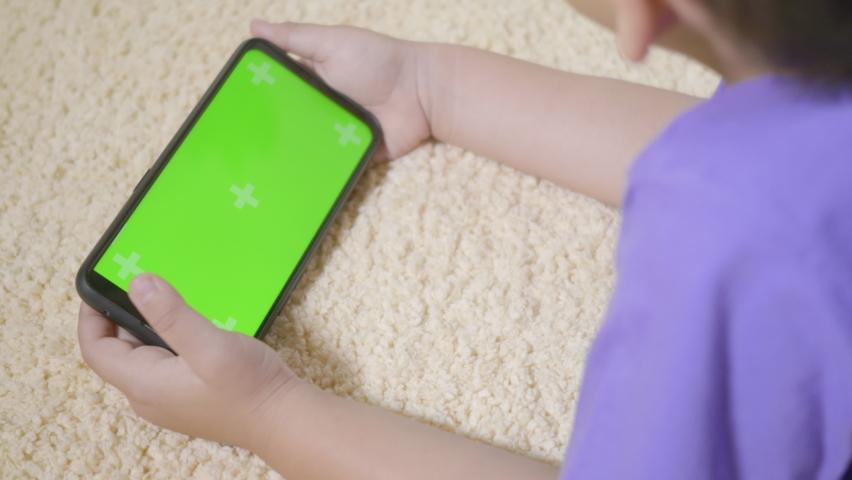 Cara Membatasi Anak Menatap Layar Elektronik