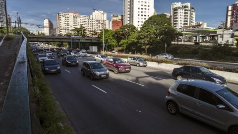 Sao Paulo, Brazil, January 27, 2021. Motion lapse of Traffic on 23 de Maio Avenue, near of Ibirapuera Park, in Sao Paulo