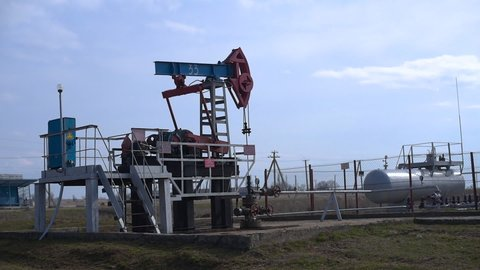 Rotating device for oil production. mining operations. Crimea