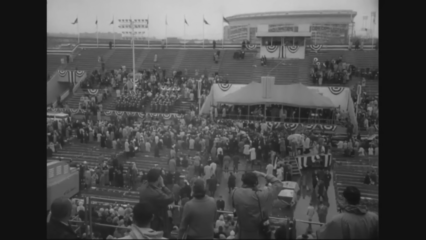CIRCA 1964 - LBJ arrives at the New York World's Fair to give a dedication speech.